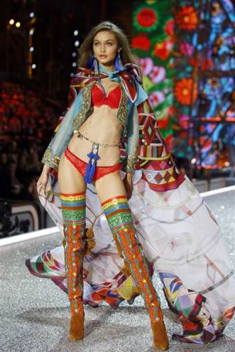 victoria-secret-fashion-show-today-161201-12_5098fe590ce25826110b580876a129cb-today-inline-large