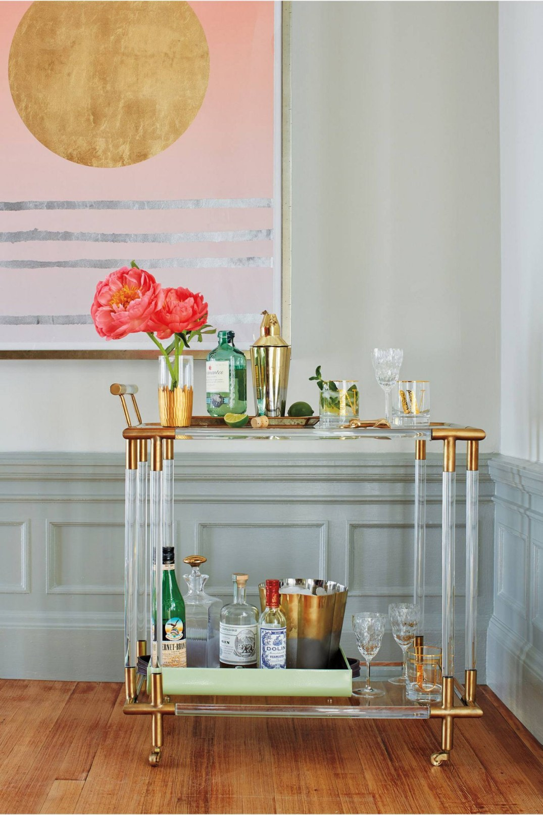 barhome-2016-02-anthropologie-lucite-bar-cart-display-main