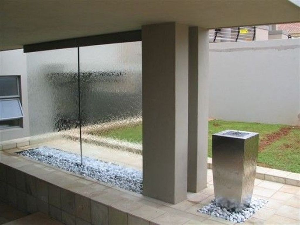 Inspiring-Waterfall-Wall-Design-Ideas-For-House-08