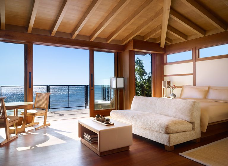 beachfront-room-1494524903.jpg