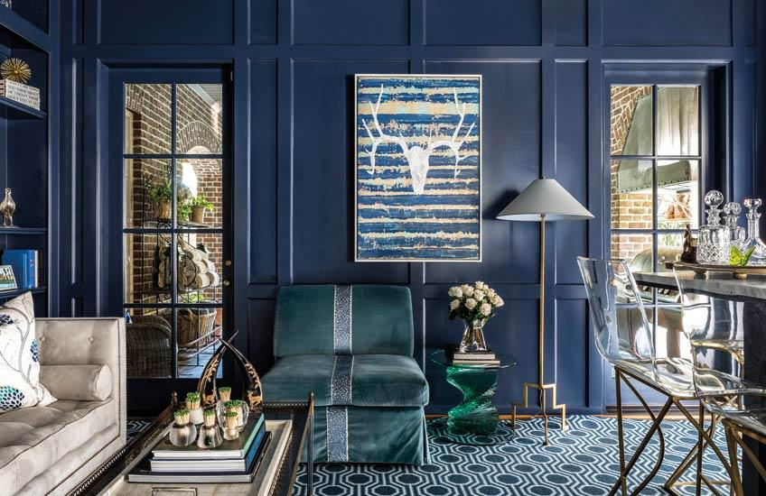 Cindy_Witmer_Living_Room___Blue_Living_Room_Bar___Kerry_Kirk___Read_more_in_the_LuxDeco.com_Style_Guide.jpg