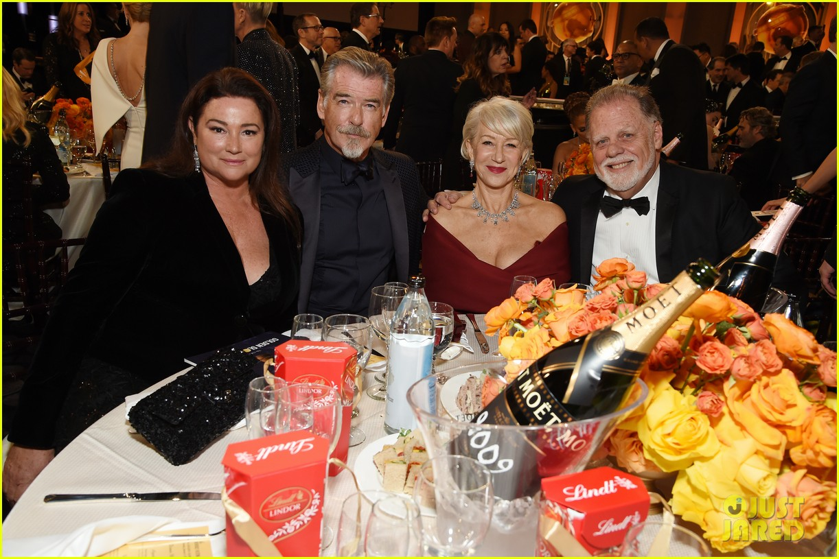 golden-globes-2020-look-inside-31.jpg