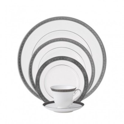waterford-newgrange-platinum-5-piece-place-setting-024258324077.jpg