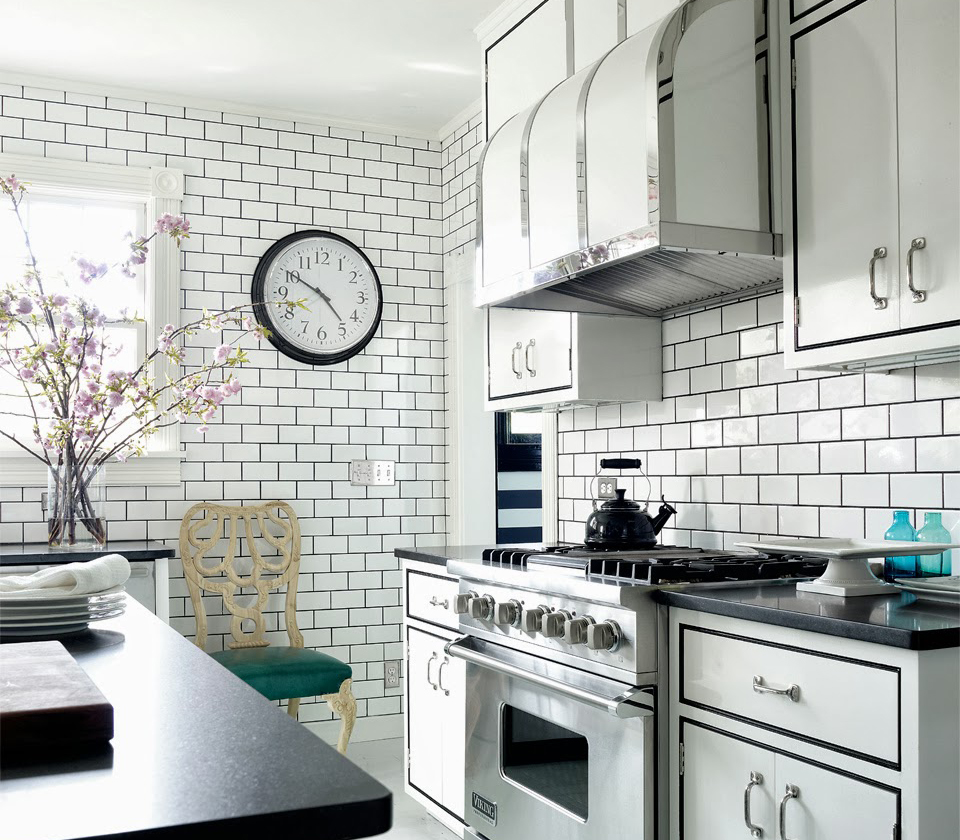 Make-a-contrast-with-subway-tiles