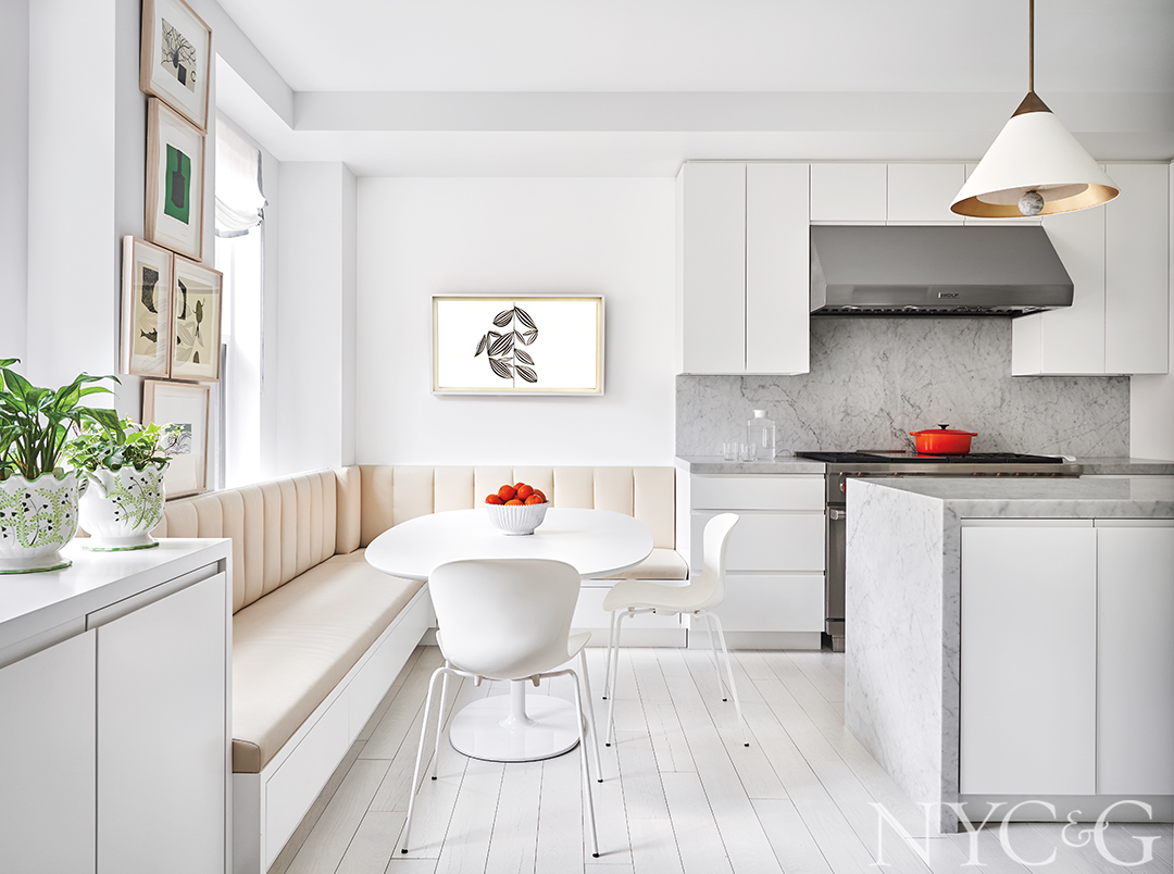 Park-Avenue-Traditional-Apartment-Kitchen-Breakfast-Nook