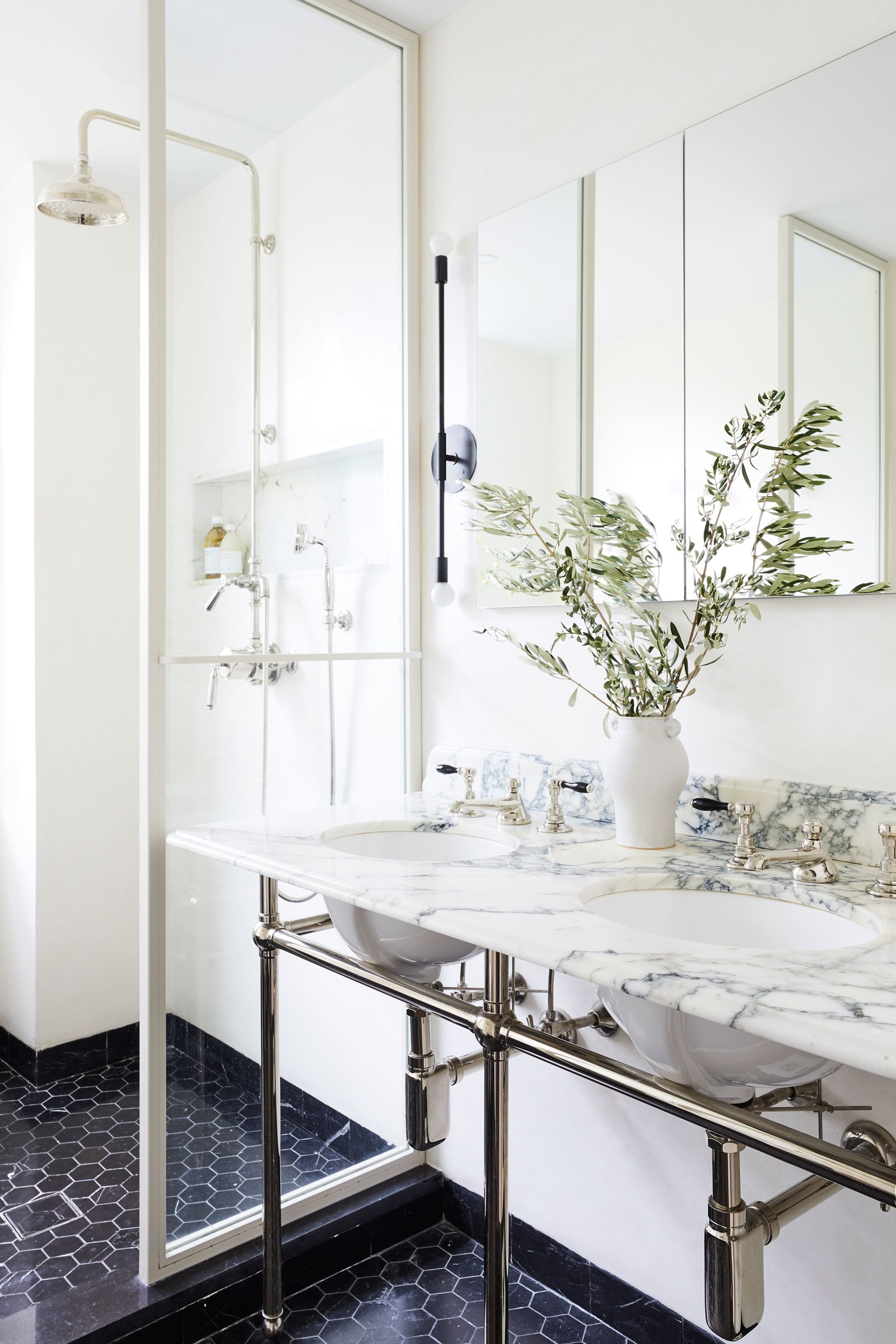 SE_Prospect_Park_West_Master_Bathroom_016