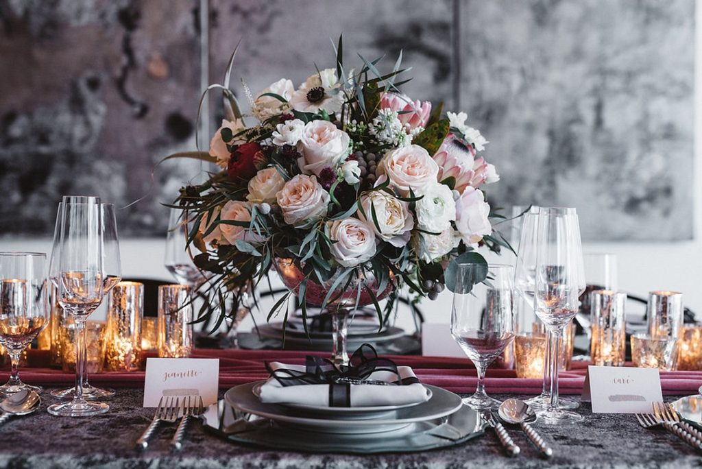 ValentinesDayTablescape_Table-1024x684