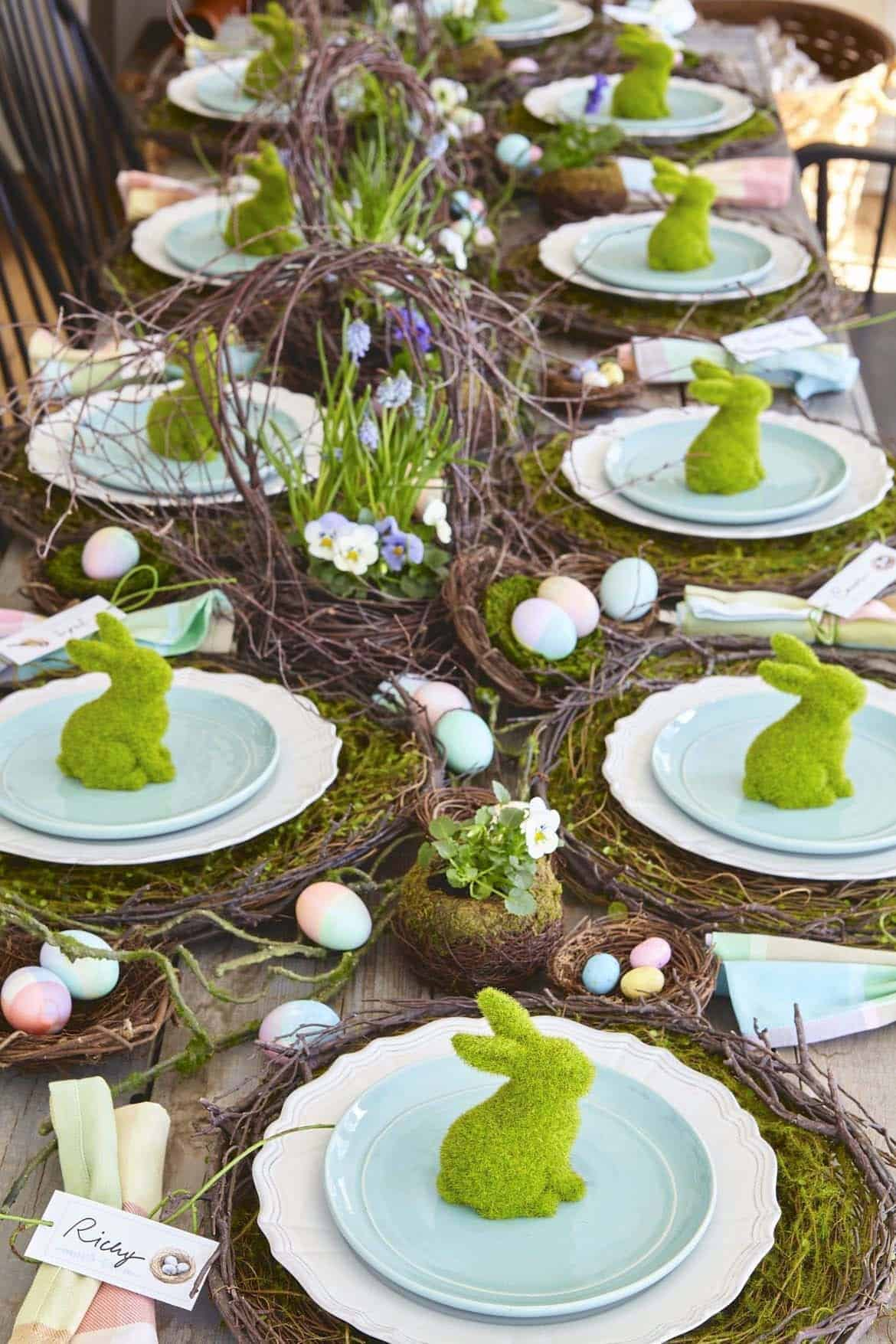 Gorgeous-Easter-Table-Decorating-Ideas-03-1-Kindesign