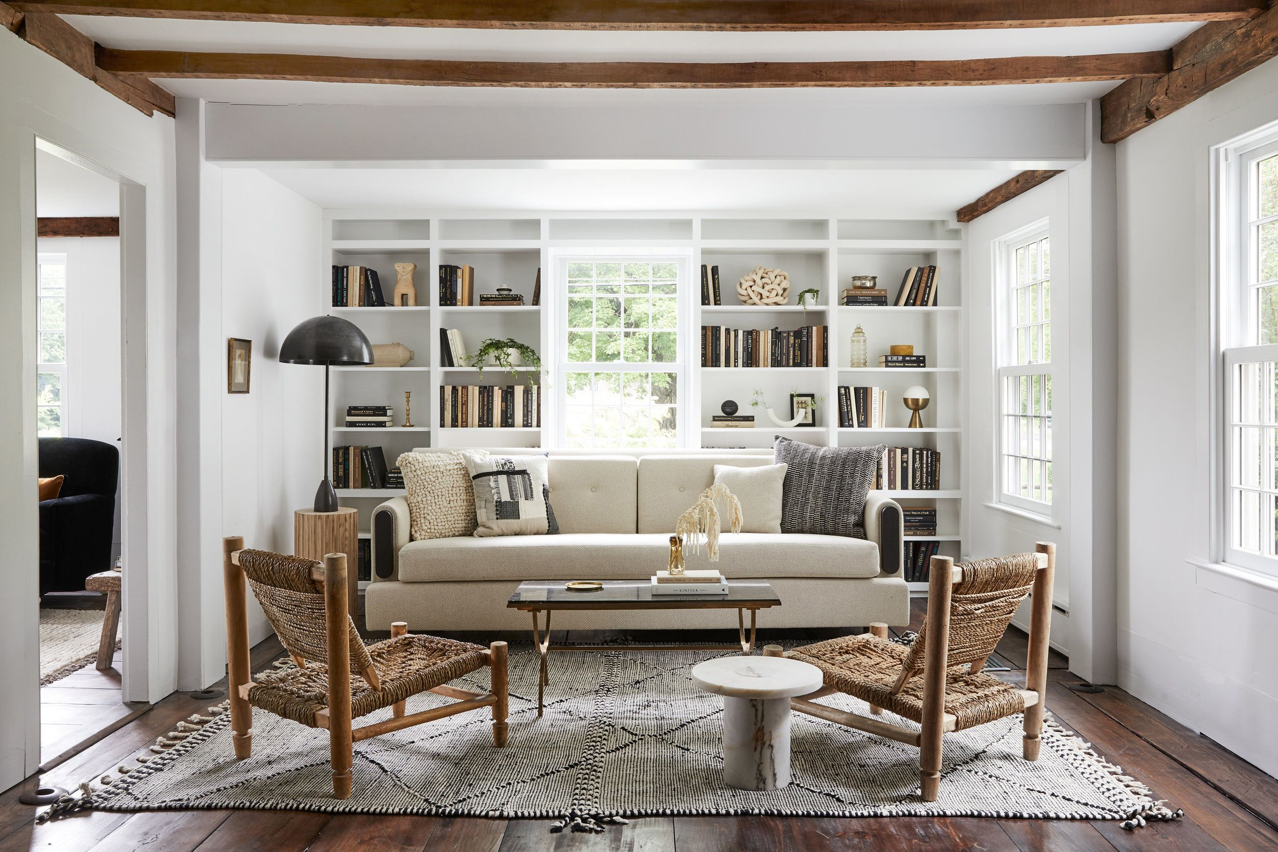 library-design-ideas-bruey-cottage-dining-seating-area-011-1572535597