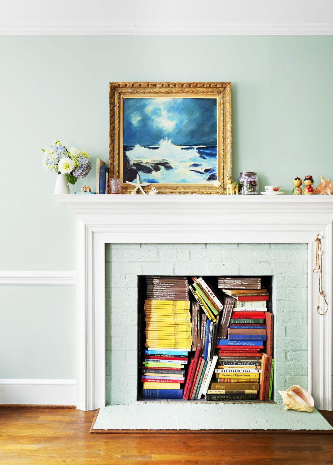 painted-fireplace-with-books-1563986180
