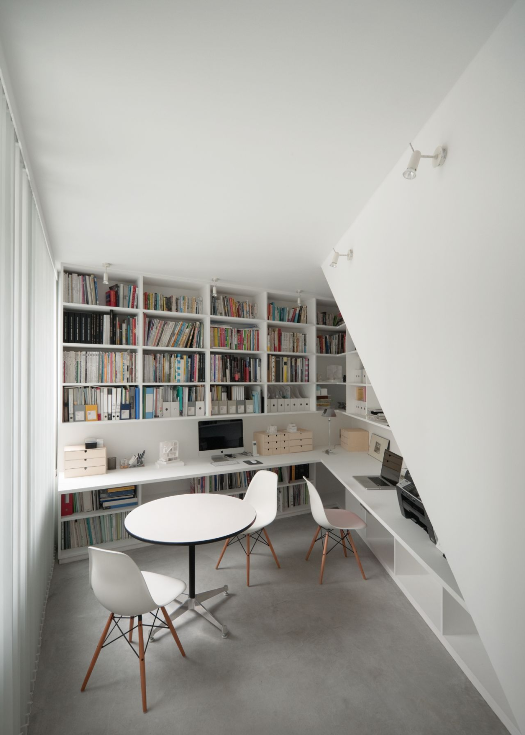 Small-custom-home-library-in-a-office-room