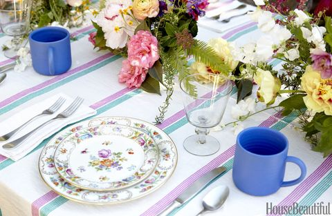 tcgallery-1488474208-heather-taylor-table-detail
