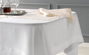 Table_Style_Hero_Lucerne