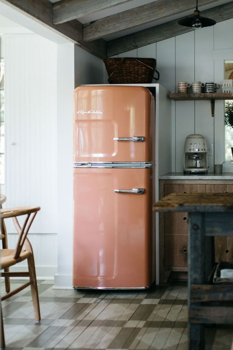 09-Big-Chil-Appliances-in-Contemporary-Spring-Colors