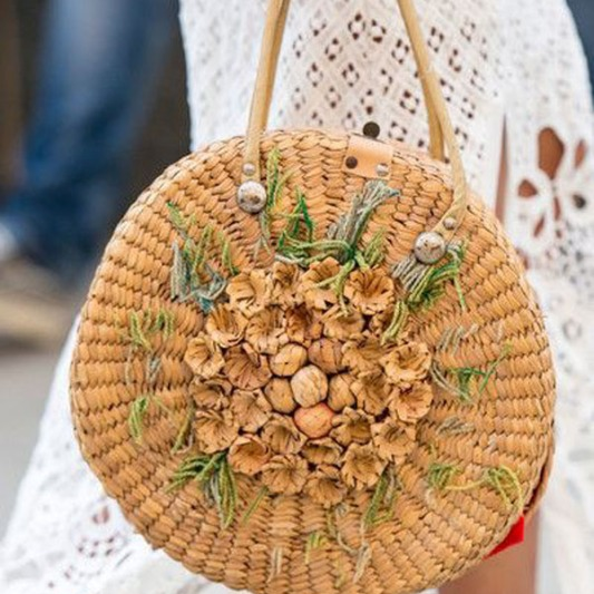 the-beauty-rattan-handbag-