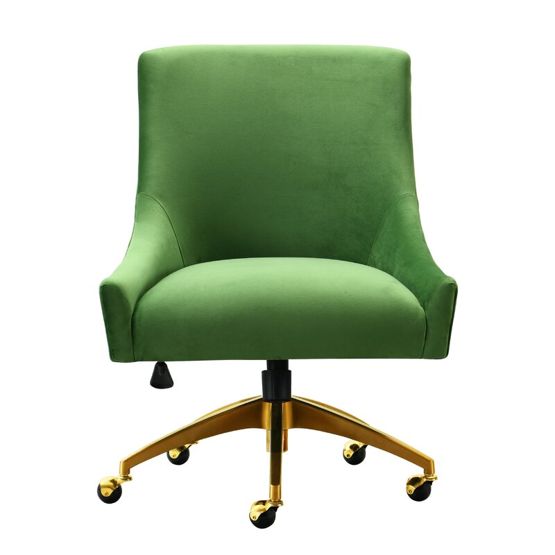 This image has an empty alt attribute; its file name is dee9borataskchair.jpg