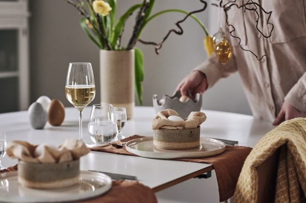 organic modern Easter tablescape
