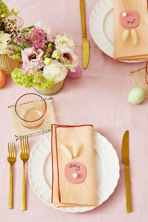 modern blush r tablescape with blushtablecloth