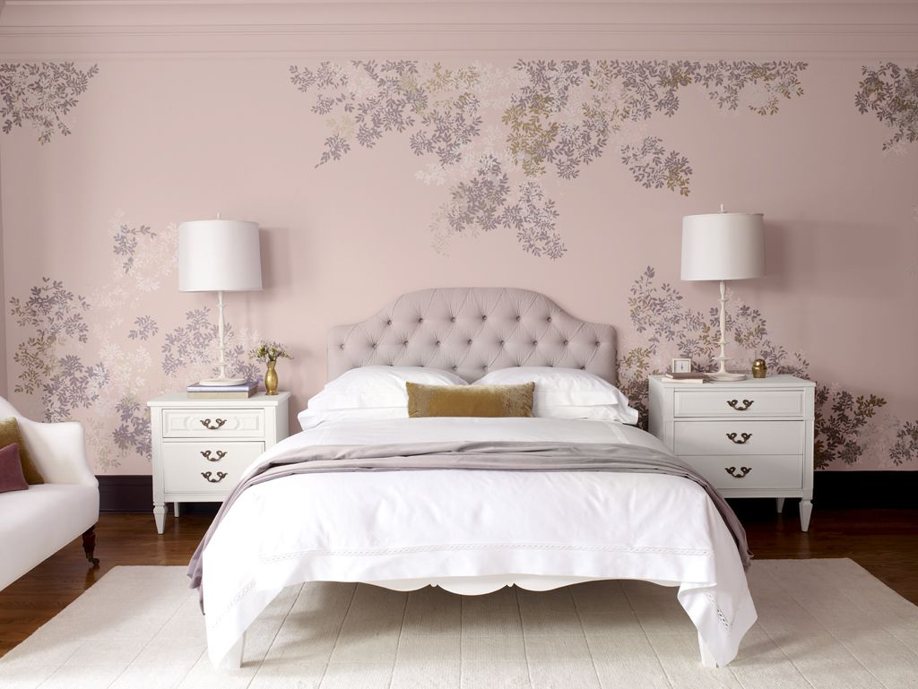 pink chinoiserie wallpaper in a modern bedroom