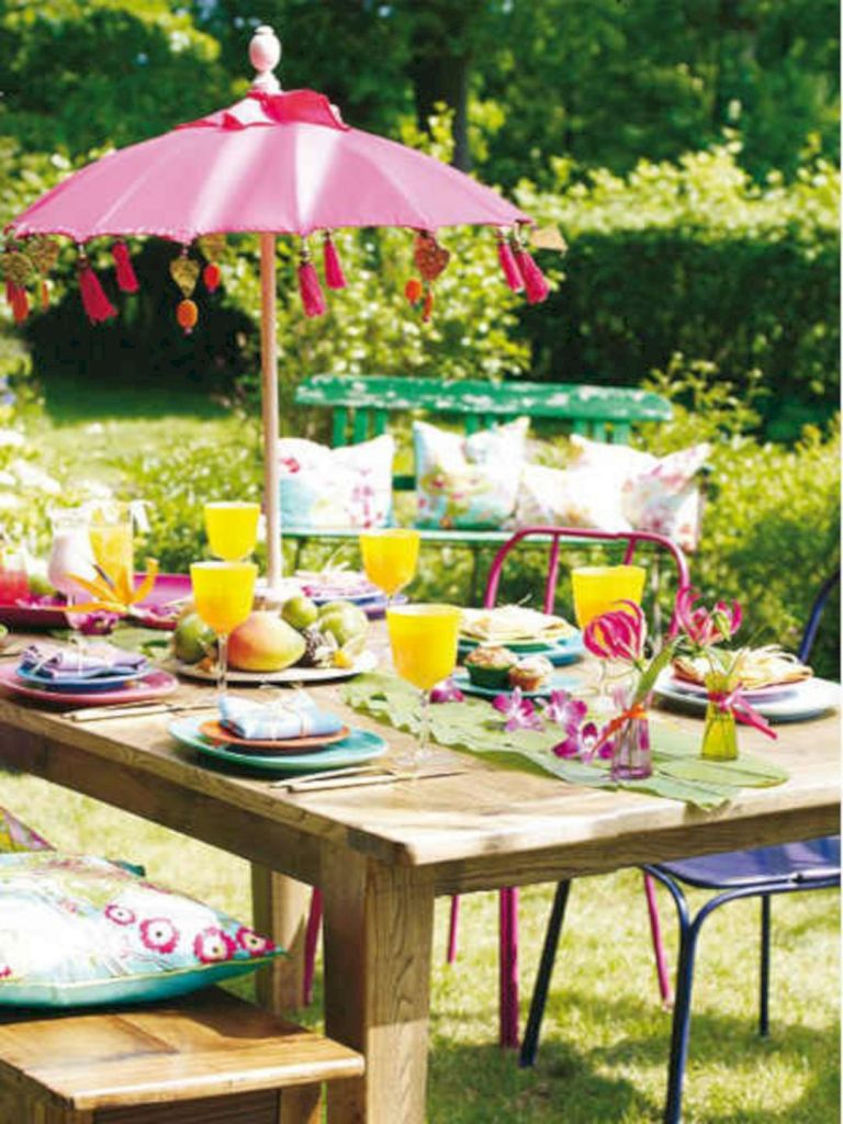 colorful outdoorspring tablescape with a relaxing vibe