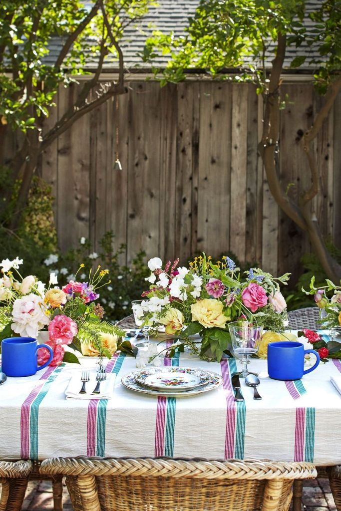 outdoor Easter tablescape with a relaxing vibe