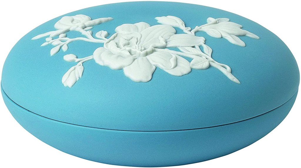 "Wedgwood Magnolia Blossom Box 5"", 5"", Blue and White"