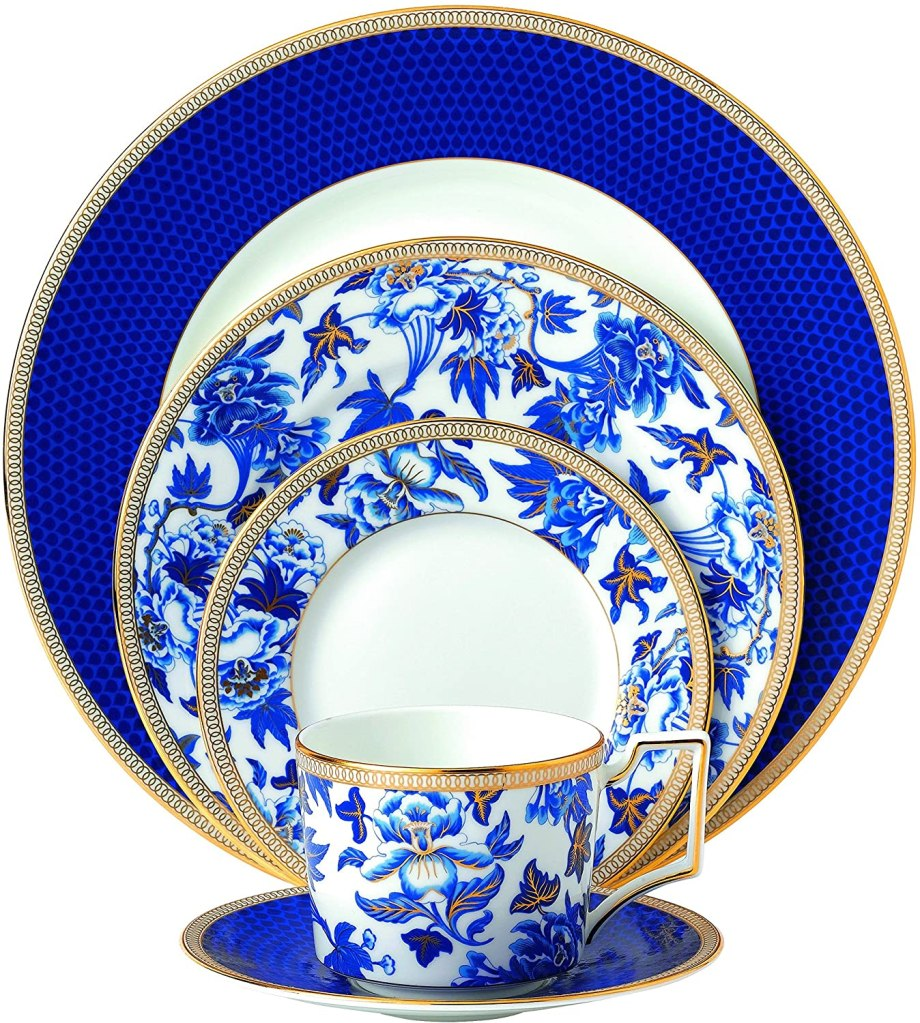 Wedgwood 5-Piece Hibiscus Place Setting Set