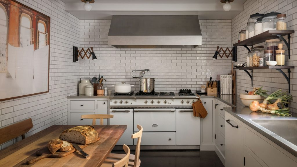 Well-designed Kitchen With Both Livable And Glam Vibes