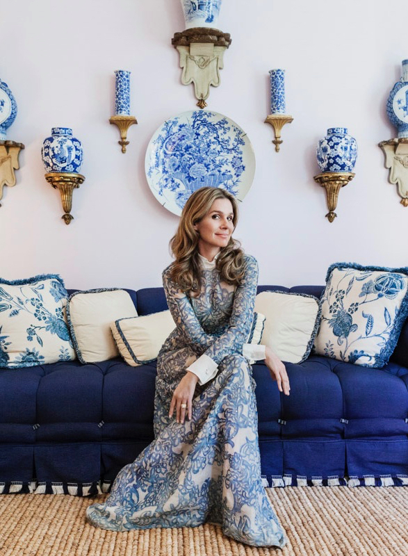 Arein Lauder's home with blue-and-white porcelain