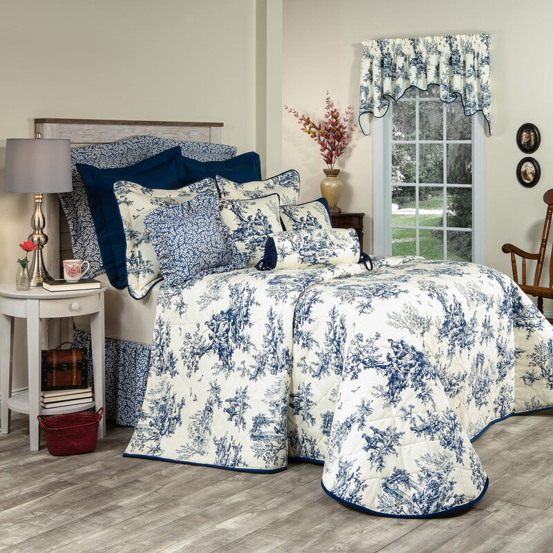 blue-and-white Barbee Single Bedspread