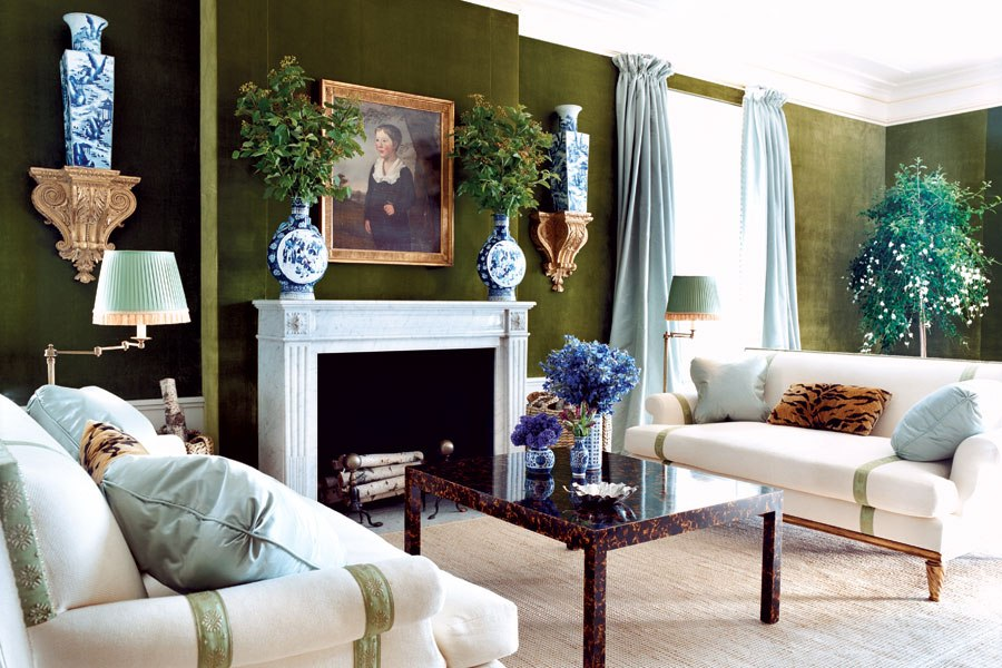 Modern classical living room with blue-and-white porcelain