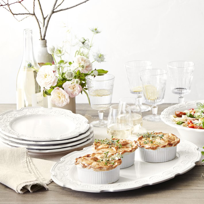 Trisha Yearwood Gwendolyn Dinnerware Collection
