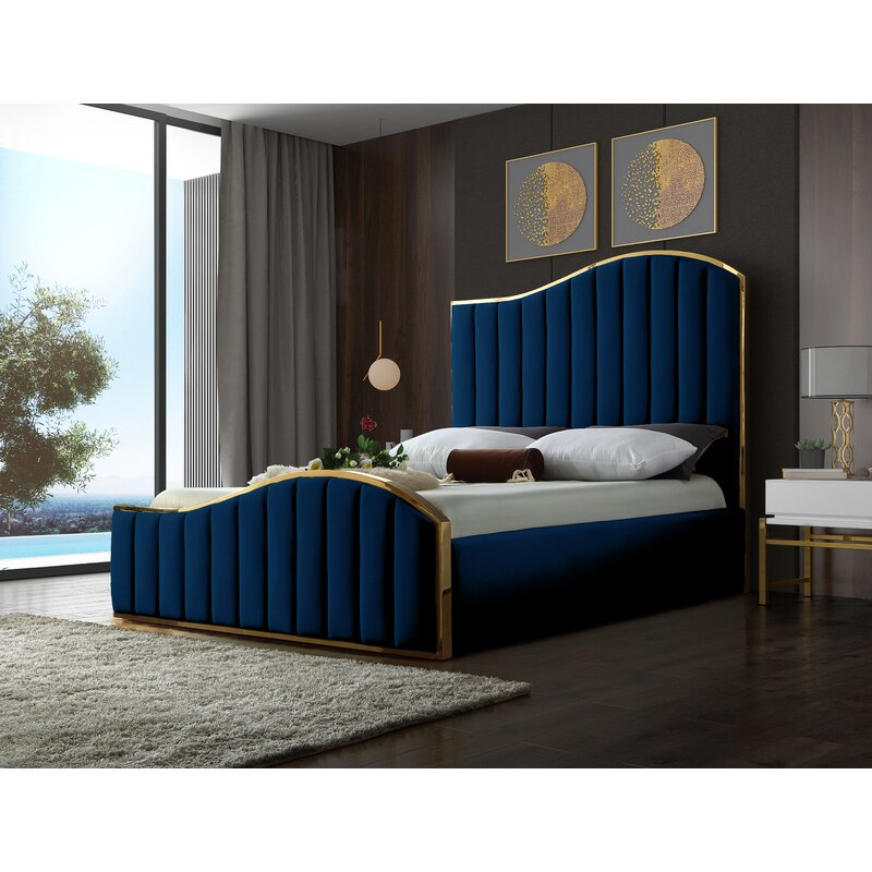 Wulff Tufted Solid Wood and Upholstered Platform Bed