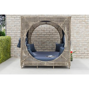 Amabel 72'' Wide Outdoor Wicker Patio Daybed with Cushions